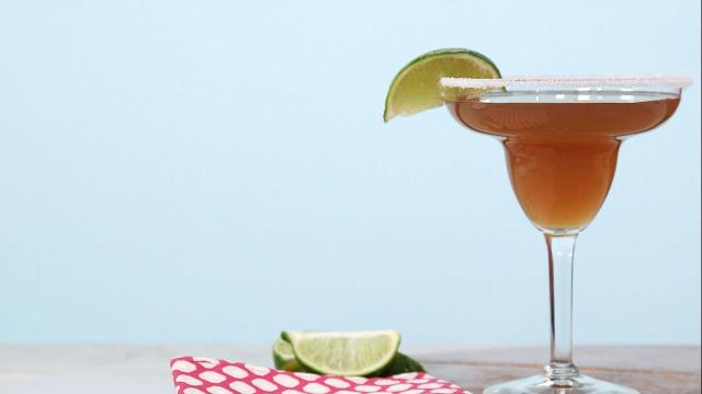 How to make sweet tea key lime margaritas