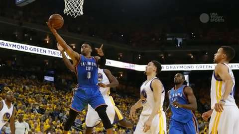 Thunder upset Warriors in Game 1