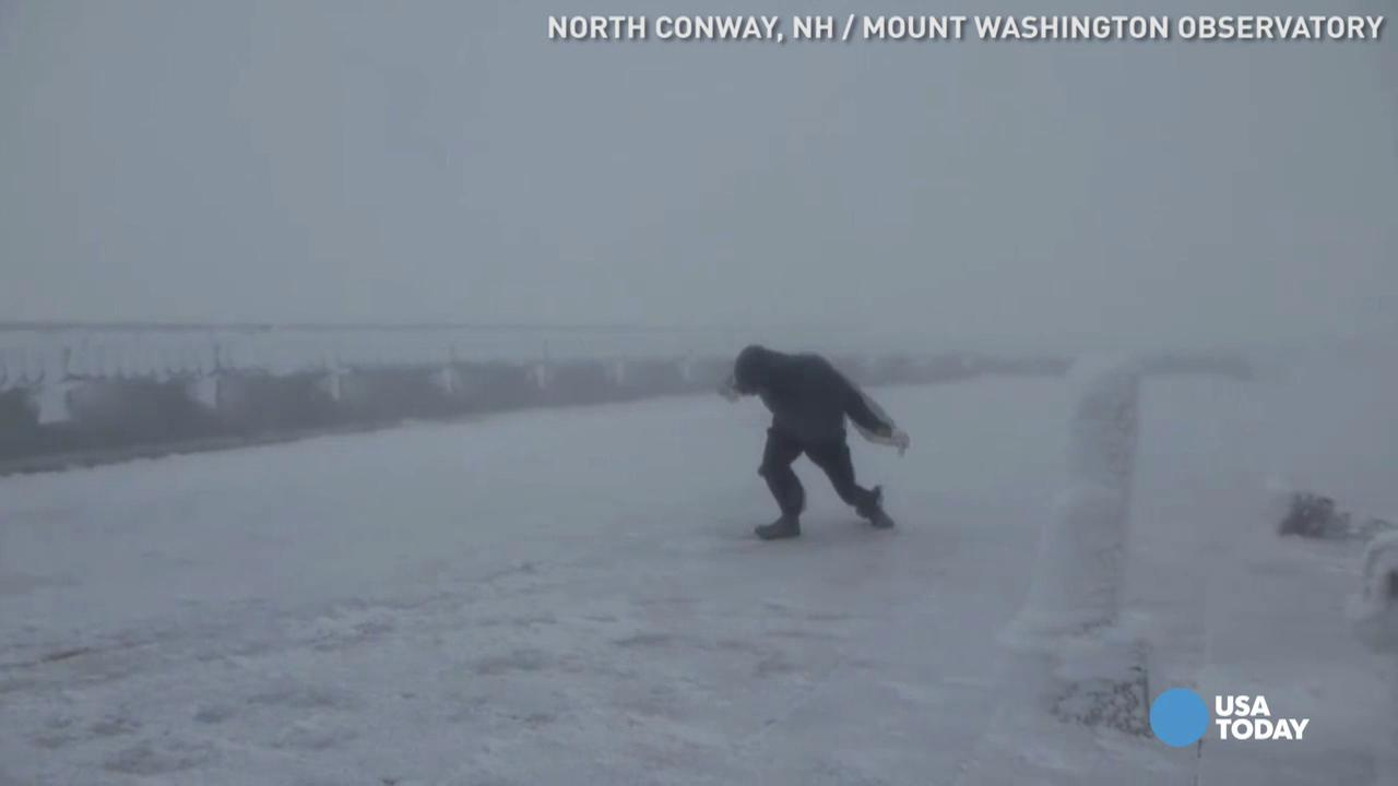 Being light as a feather depends on the weather. Watch this weather observer battle 109 mph winds at the Mount Washington Observatory.