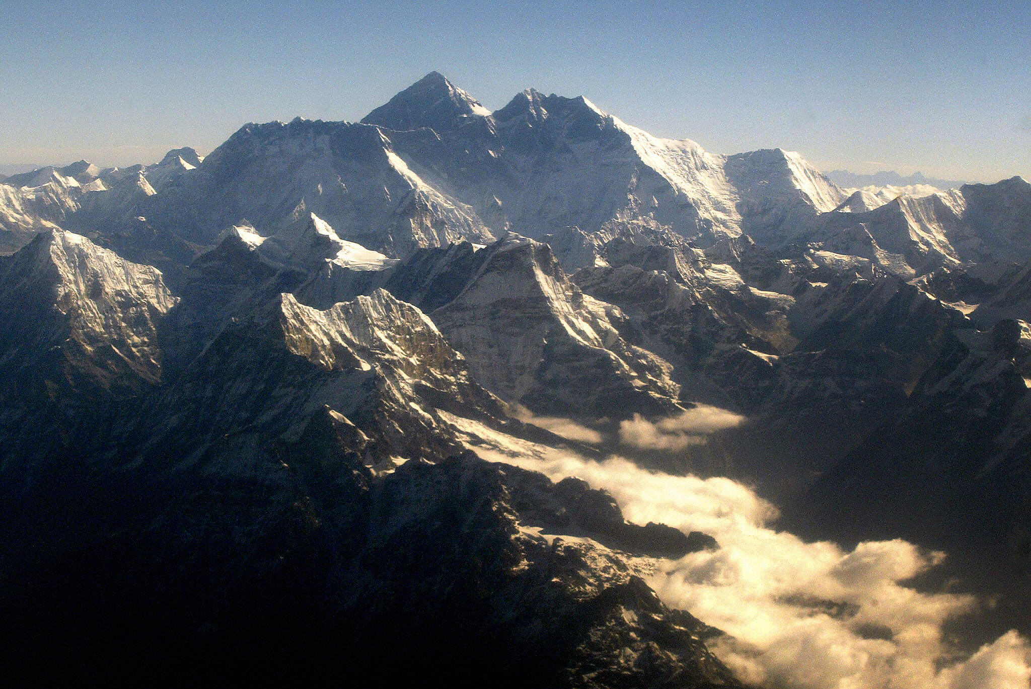Subhash Paul, Eric Arnold and Maria Strydom all made it to the top of Mount Everest and suffered altitude sickness.