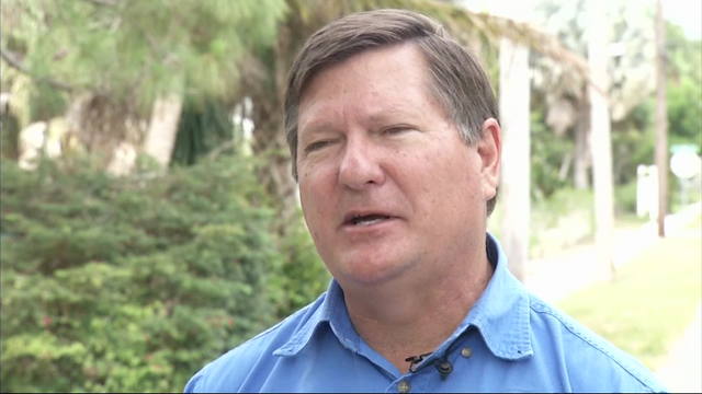 In Rio, Florida residents and mosquito control workers say they are better prepared to deal with Zika after experiencing a dengue fever outbreak in 2013. New protocols are in place based on lessons learned from dengue. (May 24)