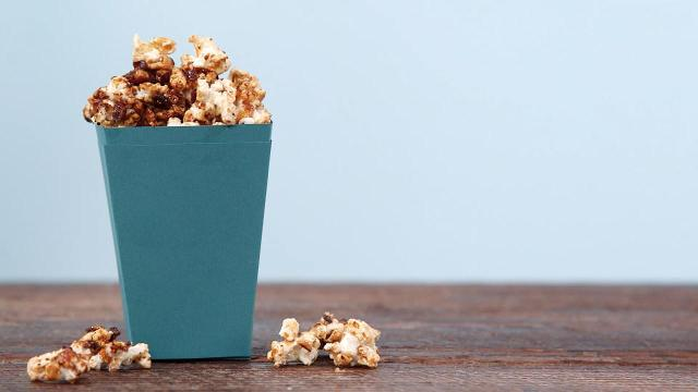 DIY: Caramel bacon popcorn
