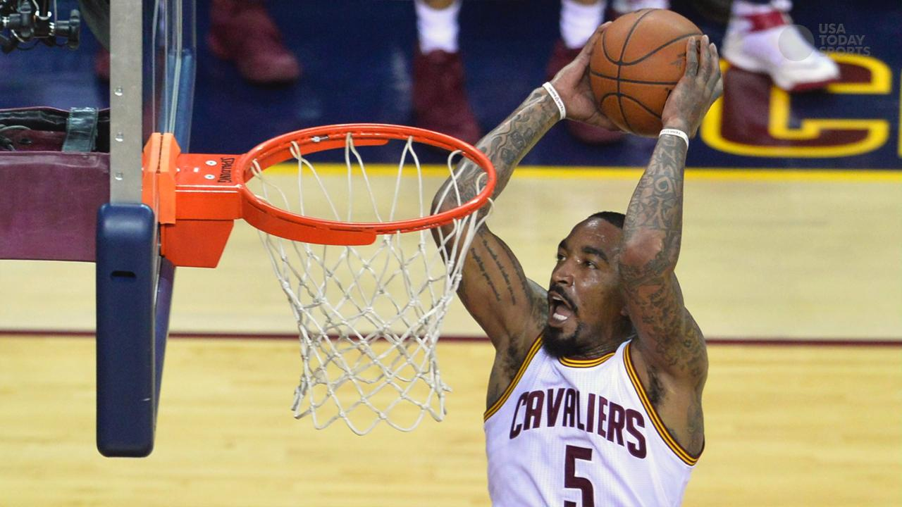 Cavaliers crush Raptors for game 5 win