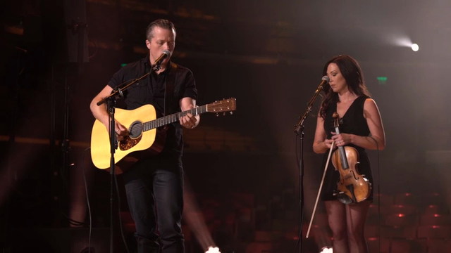 Grammy-winning artist Jason Isbell and Old Crow Medicine Show talk about live-streamed concerts from Tennessee to Chicago as a part of a state tourism initiative. (May 26).