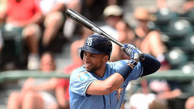 The New York Mets have acquired San Diego Padres first baseman James Loney in exchange for cash considerations, the team announced Saturday.
