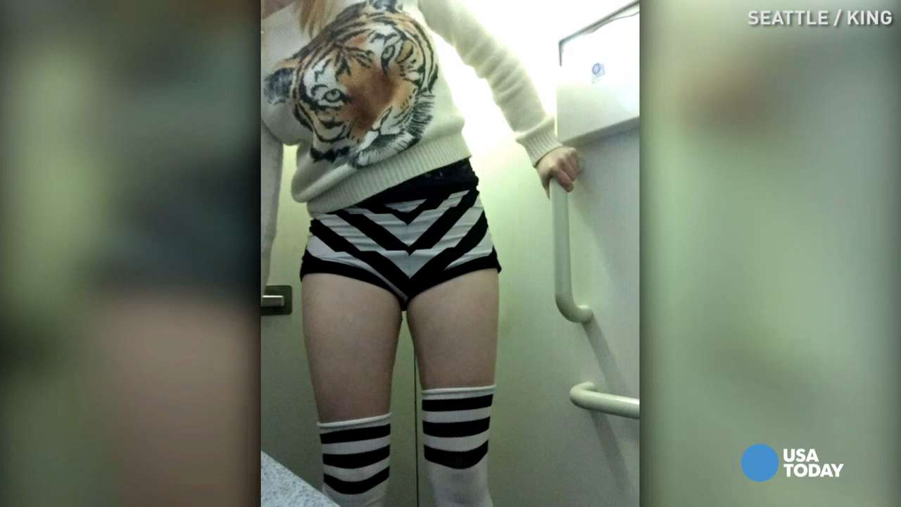 A Seattle burlesque dancer was forced to change her outfit before boarding a JetBlue flight. See why the staff had an issue with her black and white striped shorts.