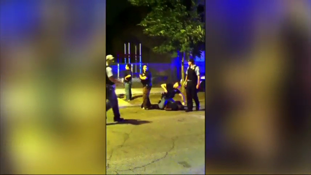 Chicago releases videos of police encounters