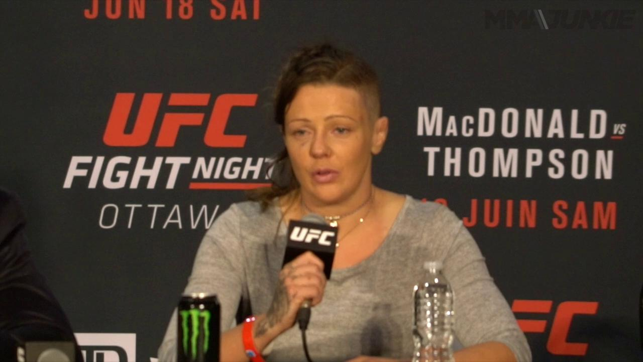 Joanne Calderwood thought 'ref should have stepped in' earlier vs. Letourneau at UFC Fight Night 89