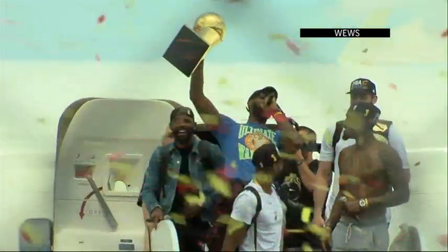 Fans welcome victorious Cleveland Cavaliers