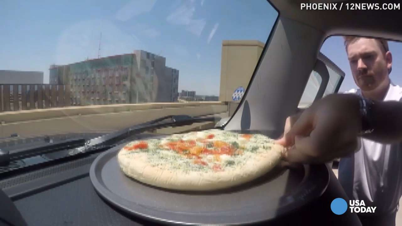 It's so hot in Arizona, a pizza can cook inside a car