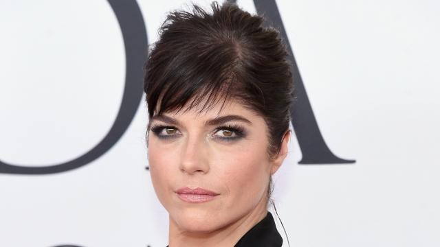 The actress told Vanity Fair she blacked out after she mixed medication and alcohol.Video provided by Newsy