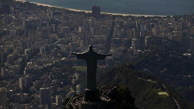 Just weeks ahead of the Olympic Games, Rio's anti-doping laboratory has been suspended by the World Anti-Doping Agency as the lab has failed to comply with international standards.