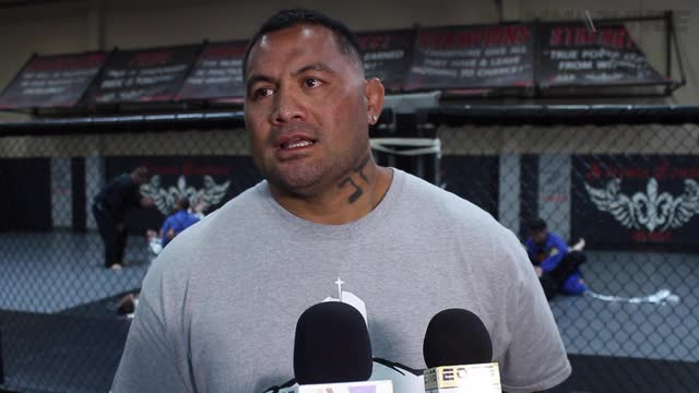 Mark Hunt says he's been fighting cheaters his whole career