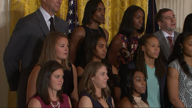 Obama Welcomes WNBA's Lynx Back to the WH