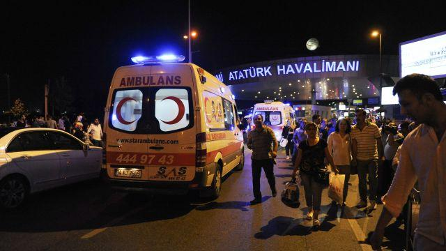 Suicide bombers kill over 30 at Istanbul's Ataturk Airport