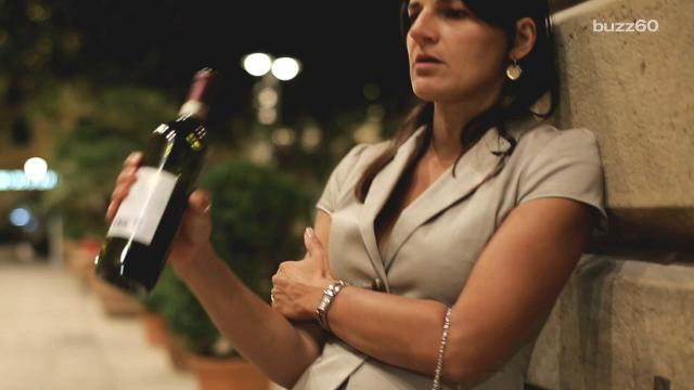 Discreetly take your wine with your wherever you go