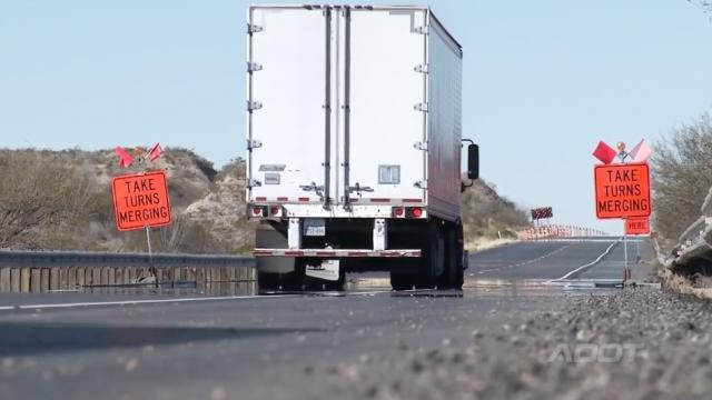 """Kansas is the latest state to encourage drivers to use the """"zipper merge."""" Video provided by Newsy"""