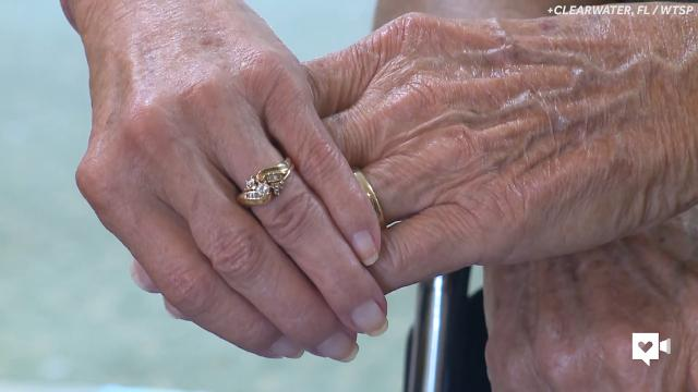 Nursing home couple prove it's never too late to find love