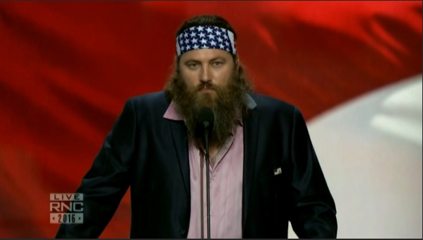 Duck Dynasty star: 'Donald Trump has your back'