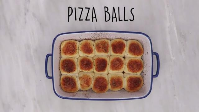 Transform a can of biscuit dough into easy, cheesy pizza rolls. Ready in just 20 minutes, this satisfying appetizer from our friends at MyRecipes makes the perfect party or movie night snack.