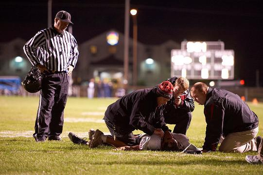 Survey: 100% of parents 'affected in some way by concussions'