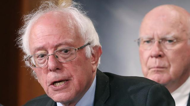 An email allegedly shows DNC staffers plotting to hit Sen. Bernie Sanders on his religious beliefs. Video provided by Newsy