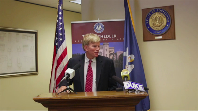 Former Ku Klux Klan leader David Duke has officially signed up to run for U.S. Senate in Louisiana, and expresses his support for Donald Trump. (July 22)