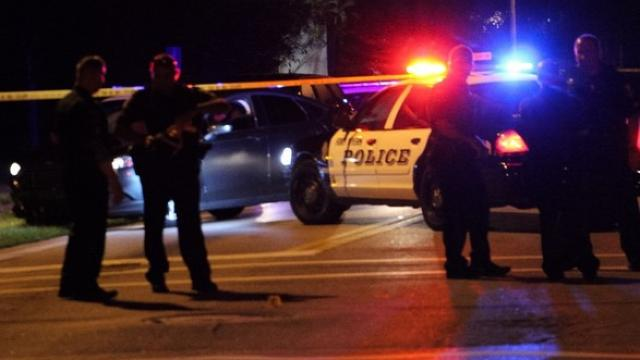 At least 2 dead, up to 17 wounded in Florida nightclub shooting