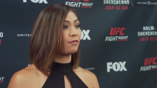 Unedited Michelle Waterson full media scrum at UFC on FOX 20