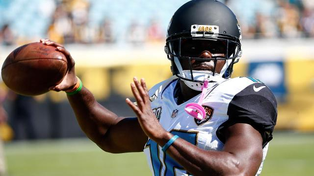 Jacksonville Jaguars running back Denard Robinson said his car ended up in a retention pond after a single-car accident earlier this month because he fell asleep at the wheel.