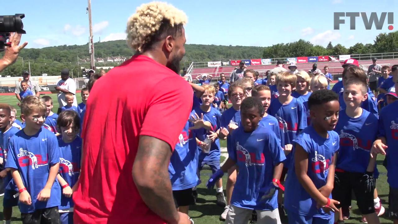 New York Giants wide Receiver Odell Beckham Jr. dances with kids at his camp.