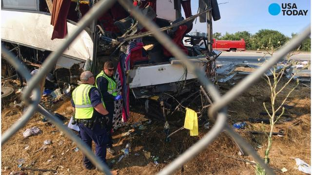 5 killed when bus plows into pole on California highway