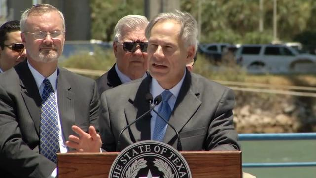 Texas Governor Back in Public After Injuries
