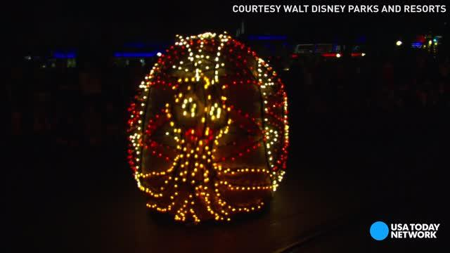 The Main Street Electrical Parade is leaving Walt Disney World's Magic Kingdom for good on October 9 and moving to Disneyland for a limited engagement.