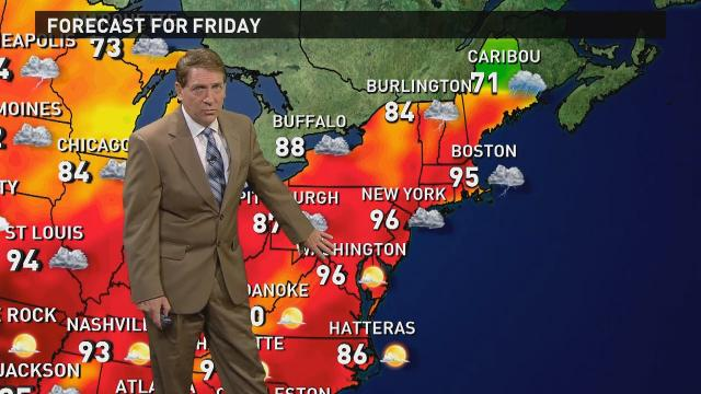 Heat Wave Closes In on the Northeast