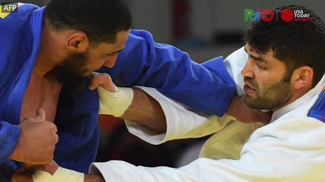 Egyptian judoka refuses to shake hand with Israeli after loss