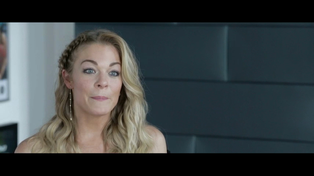 LeAnn Rimes will perform with Desert Symphony at 8