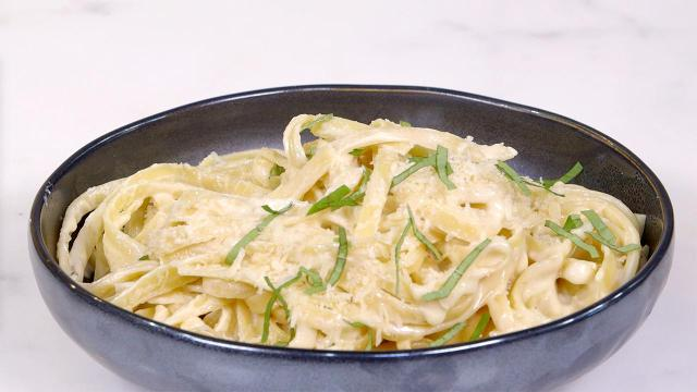 Rich, creamy Alfredo sauce is one of those little kitchen miracles: a luxurious dish that tastes decadent but comes together in mere minutes and requires only simple, everyday ingredients.