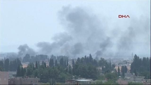 Raw: Turkish forces launch offensive in Syria