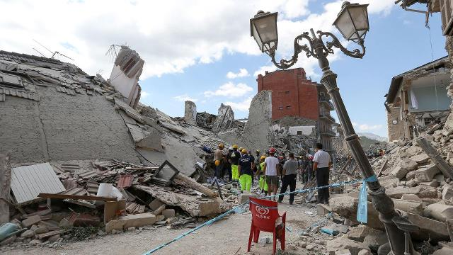"""A 6.2 magnitude earthquake struck the Apennine regions of central Italy on Wednesday, killing an estimated 120 people and causing """"apocalyptic scenes"""" near the epicenter."""
