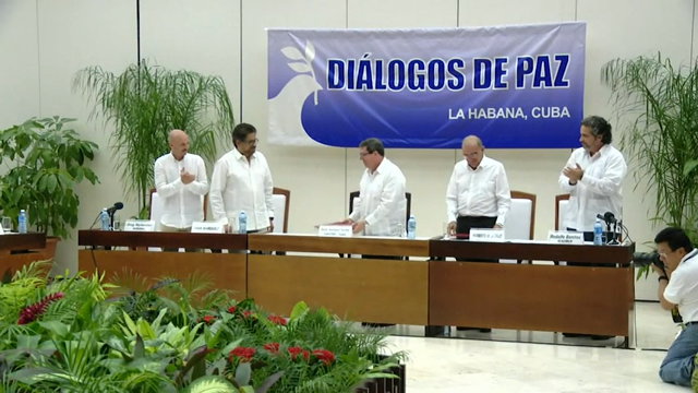 Peace negotiators in Cuba signed the final peace deals between the Colombian government and the the Revolutionary Armed Forces of Colombia on Wednesday to end more than 50 years of hostility. (Aug. 25)
