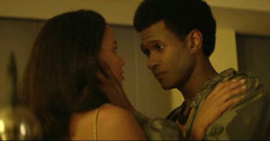 Edgar Ramirez (Roberto Duran) and Usher (Sugar Ray Leonard) show more than boxing moves in the drama.