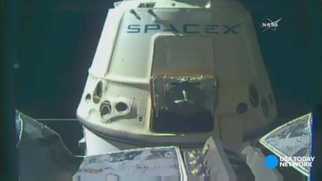Watch SpaceX Dragon float away from ISS