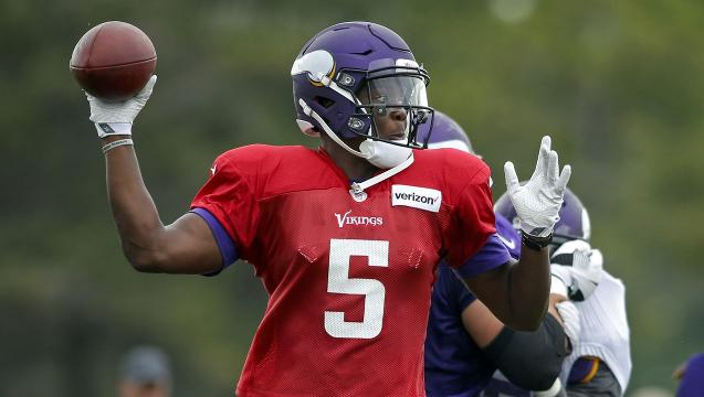 Teddy Bridgewater suffers 'significant' knee injury at Vikings practice