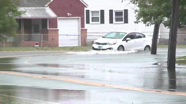 Virginia Residents Wade Through Hermine Floods