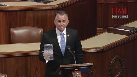 Congressman brings mosquitoes to House floor