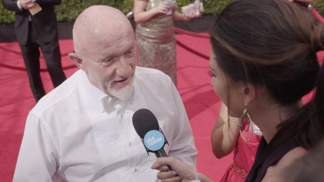 On the Emmy's red carpet, Jonathan Banks says he doesn't like to read many script at a time and co-star Patrick Fabian talks about the strong relationships among the cast.