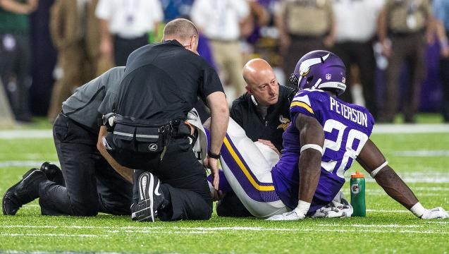 NFL hot reads: Peterson, Garoppolo plagued by injuries