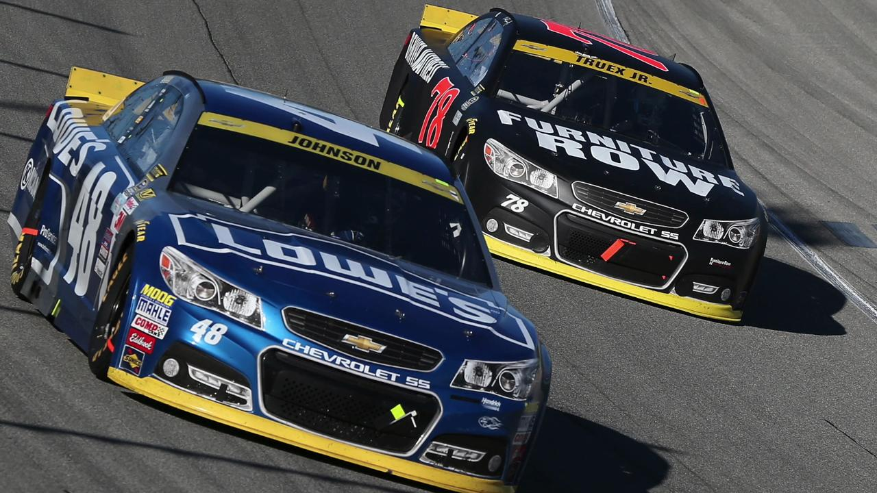 USA TODAY Sports' Jeff Gluck looks ahead to the Bad Boy Off Road 300 and the story lines that fans should keep an eye on leading up to this weekend's race at New Hampshire Motor Speedway.