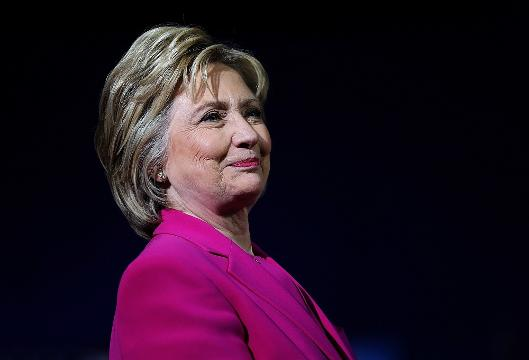 """Obama advises Clinton for her upcoming debate and says, """"Be yourself."""""""